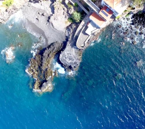 drone image overhead